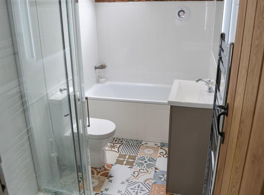Bathroom with separate shower at Sunnyside in Ludham, near Wroxham, Norfolk
