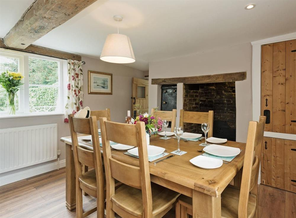 Characterful dining room with beams at Sunnyside in Ludham, near Wroxham, Norfolk