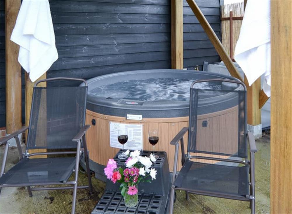 Luxurious private hot tub at The Cart Shed,