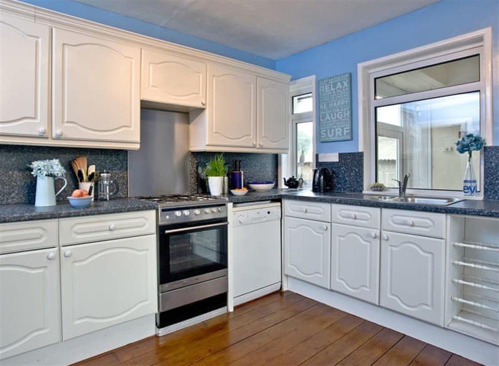 Kitchen/diner (photo 2) at Tanna Nivas in Paignton, South Devon