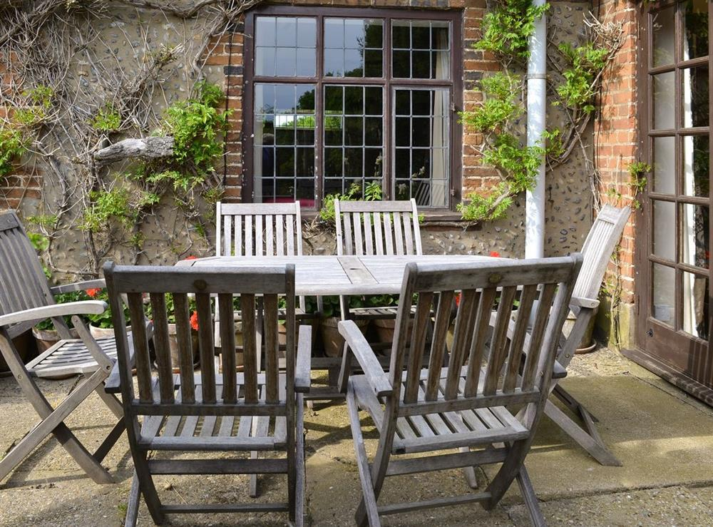 Sitting-out-area at Thatched Cottage in Witton, near North Walsham, Norfolk