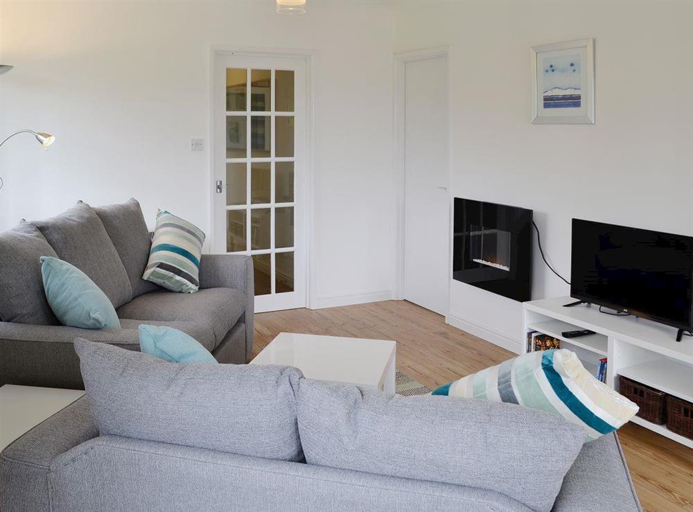 Large living/dining room at The Acorns in Moorside, near Sturminster Newton, Dorset