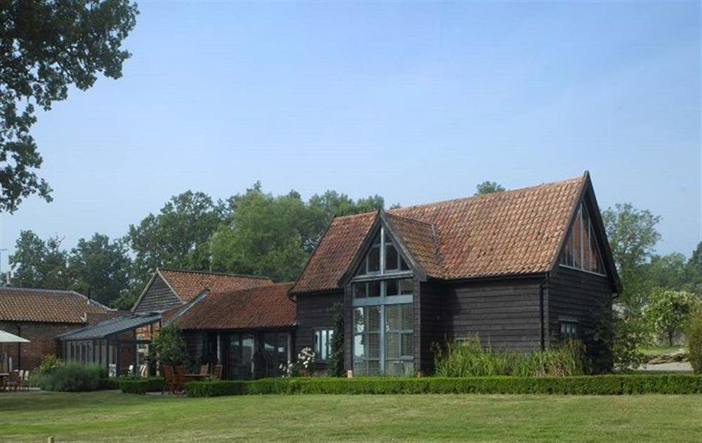The Barn can be booked on its own or in conjunction with The Clockhouse, with which it discreetly interconnects