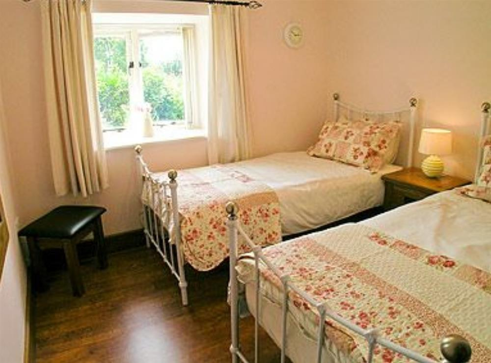 Twin bedroom at The Barn in West Stour, near Shaftesbury, Dorset