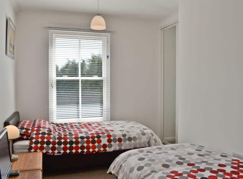 Twin bedroom at The Barnacle in Oulton Broad, near Lowestoft, Suffolk