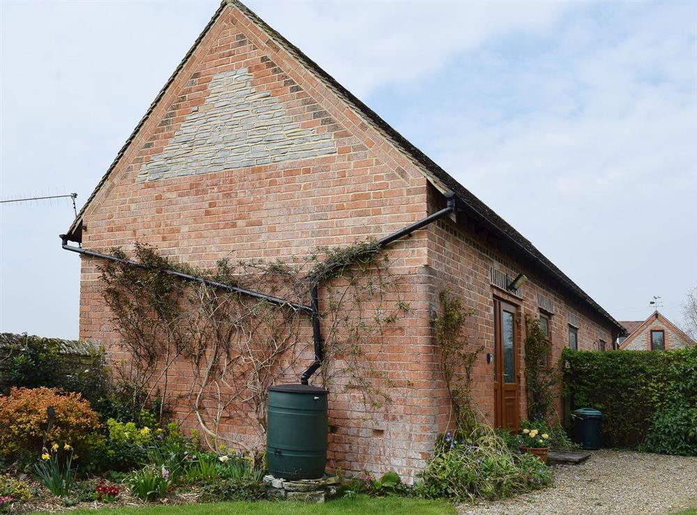 Delightful rural Cotswold cottage at The Byre in Bidford-on-Avon, Nr Alcester., Warwickshire