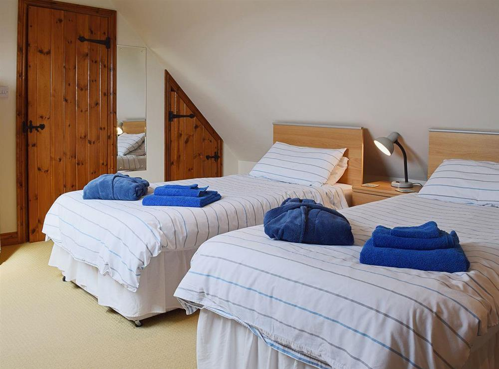 The cottage has a twin bedded room at The Byre in Bidford-on-Avon, Nr Alcester., Warwickshire