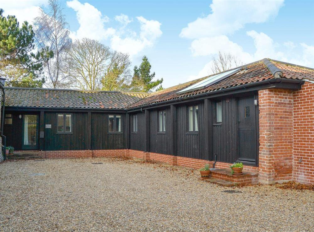 Delightful holiday home at The Cattle Sheds in Knapton, near North Walsham, Norfolk