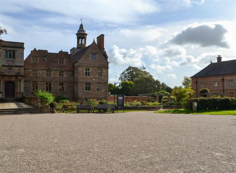 Exterior at The Coach House Apartment in Rufford, Nottinghamshire