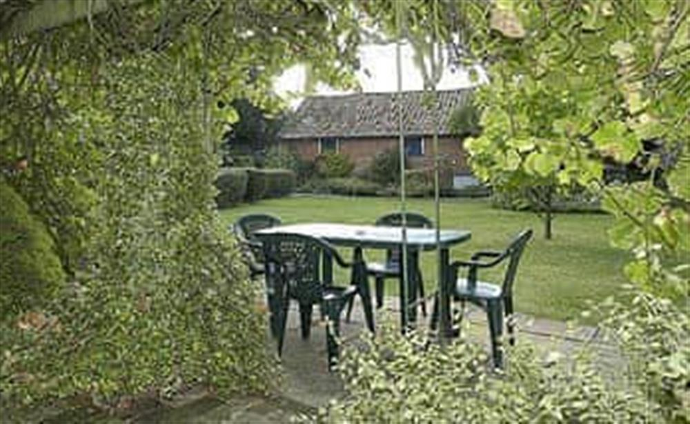 Sitting-out-area at The Cottage in Fressingfield, Norfolk