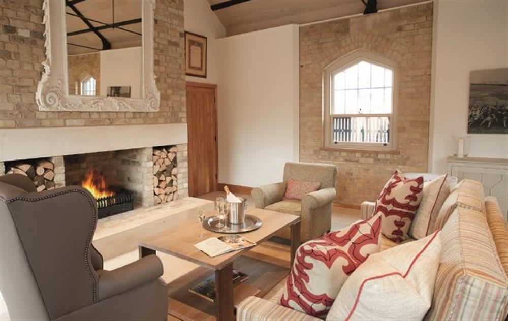 Exeter Wing: Open plan sitting room
