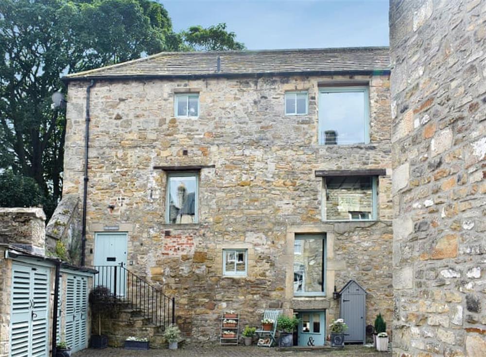 Delightful converted former granary at The Granary in Barnard Castle, Durham