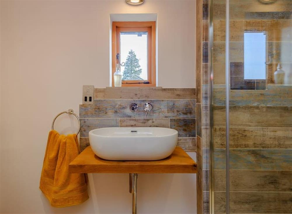 En-suite (photo 3) at The Granary in Milden, near Bury St Edmunds, England