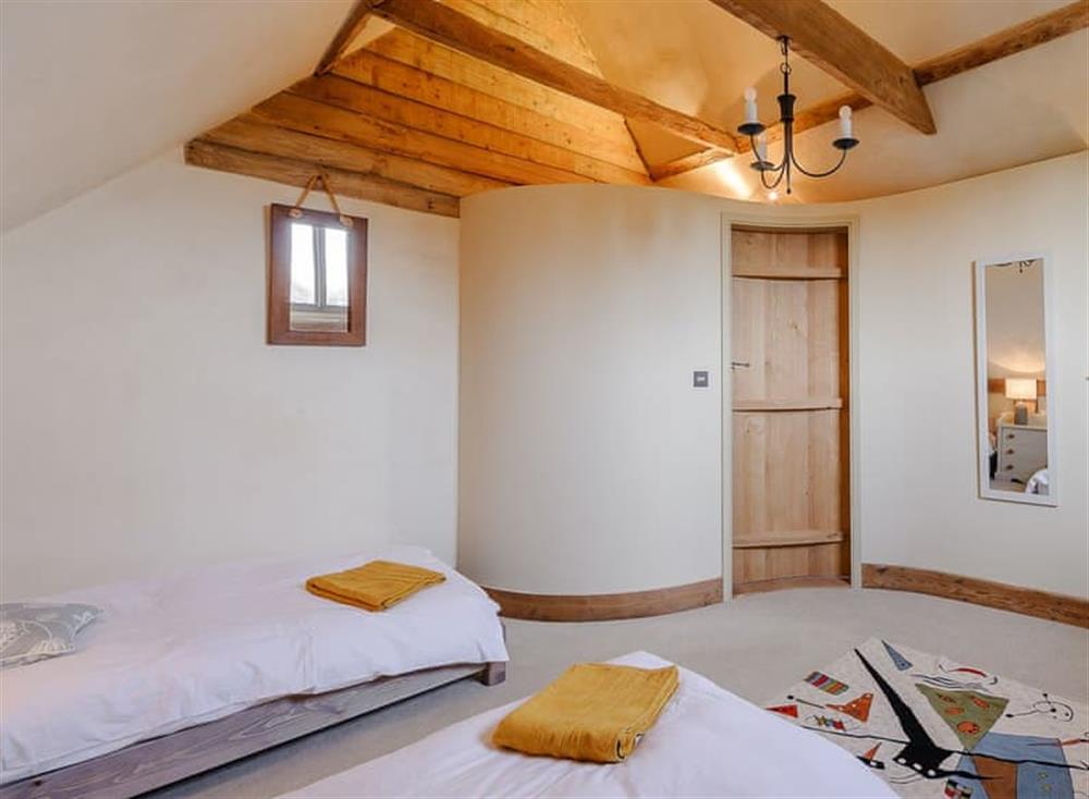 Twin bedroom (photo 2) at The Granary in Milden, near Bury St Edmunds, England