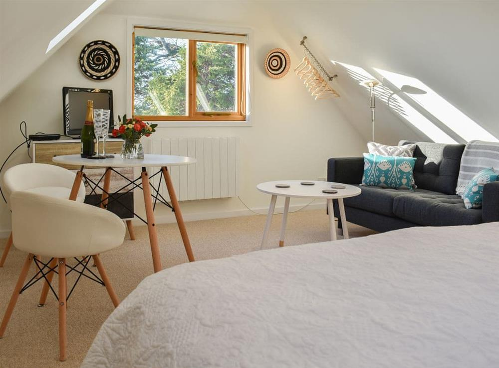 Cosy  studio with spacious living area at The Hayloft in Wineham, near Henfield, Dorset
