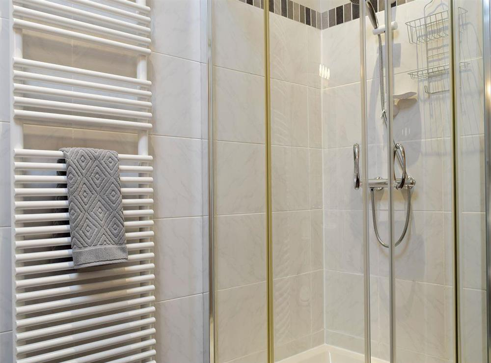 Family shower room at The Joinery in Ledbury, Herefordshire