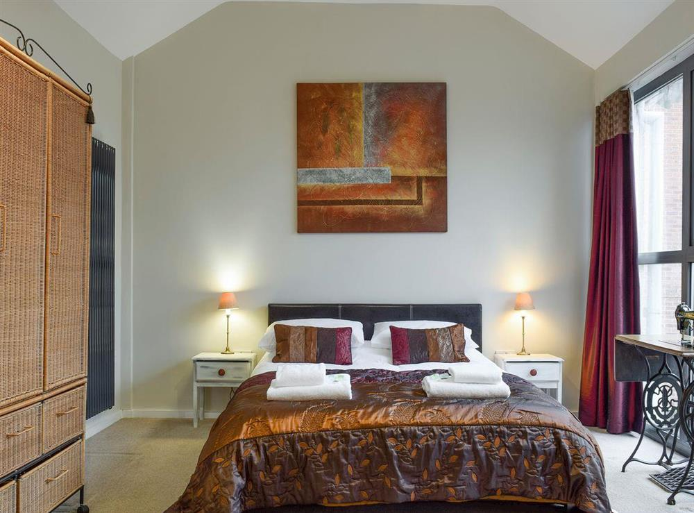 Spacious master bedroom at The Joinery in Ledbury, Herefordshire