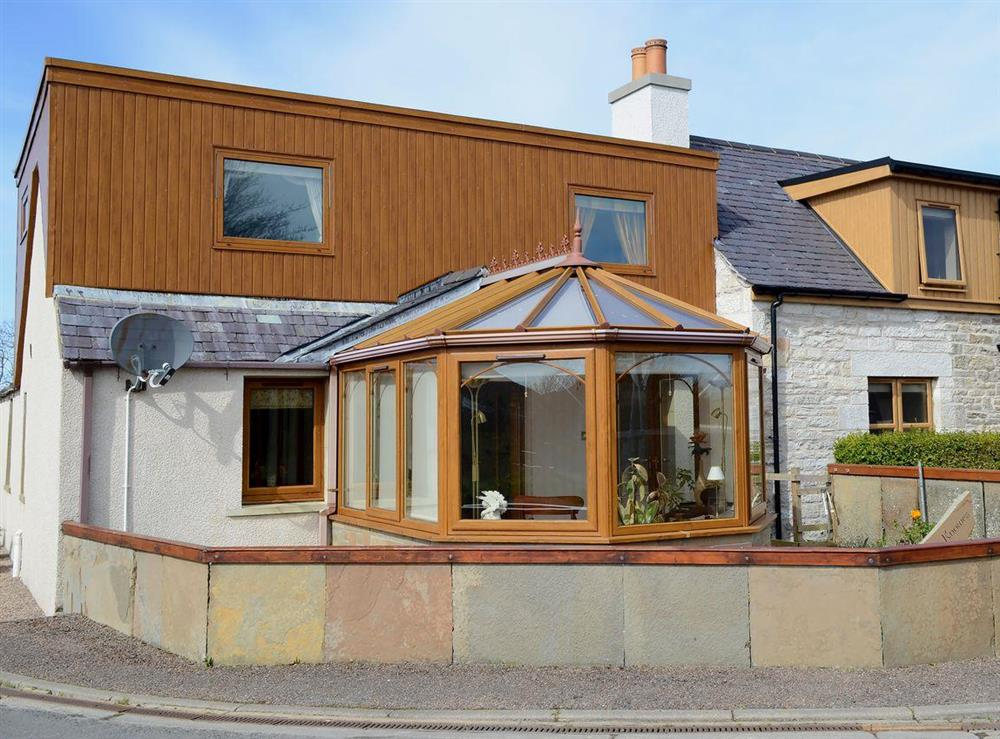 Delightful, semi-detached, stone cottage at The Knowes in Reay, near Thurso, Highlands, Caithness