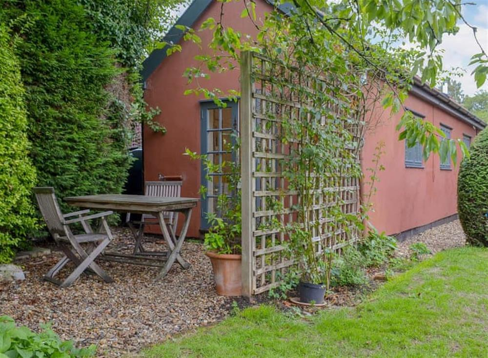 Cosy, sweet little property at The Little House on the Common in Burgate, near Diss, Suffolk