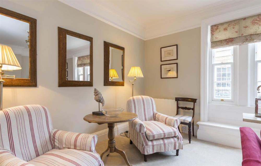 First floor: Elegant and spacious sitting room