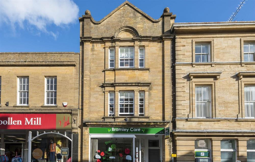 The Merchant's House is a stunning and spacious Grade II listed maisonette located in the heart of Sherborne