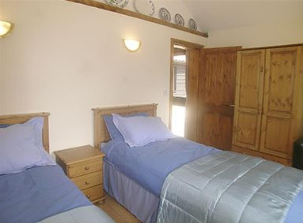 Twin bedroom at The Milking Parlour in Fressingfield, Eye, Norfolk