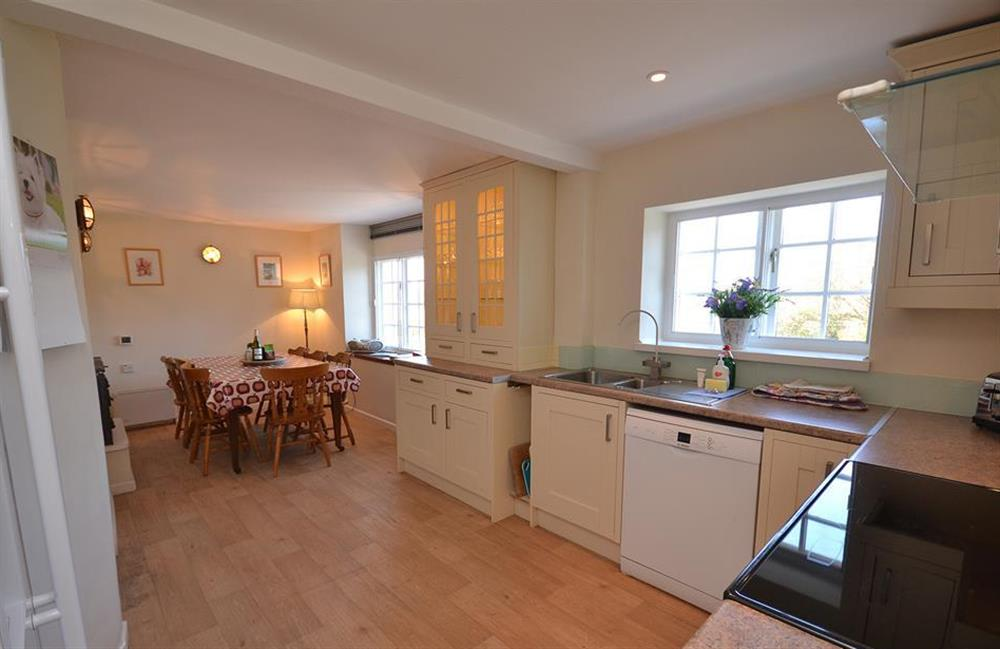 The spacious dining kitchen at The Old  Bakehouse, Dittisham