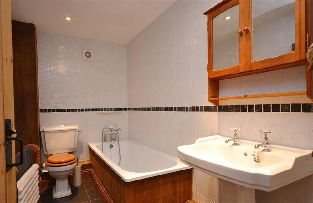 The ground floor house bathroom at The Old Dairy, East Allington