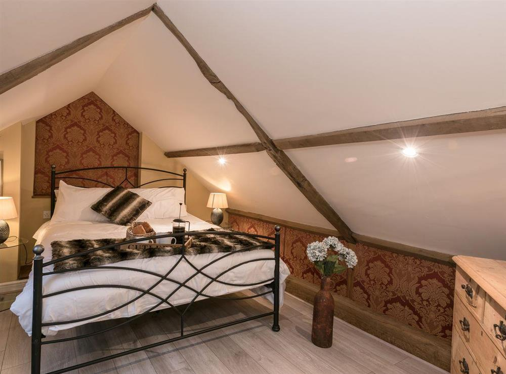 Galleried kingsize bedroom (photo 2) at The Old Hall Coach House in Tacolneston, near Wymondham, Norfolk
