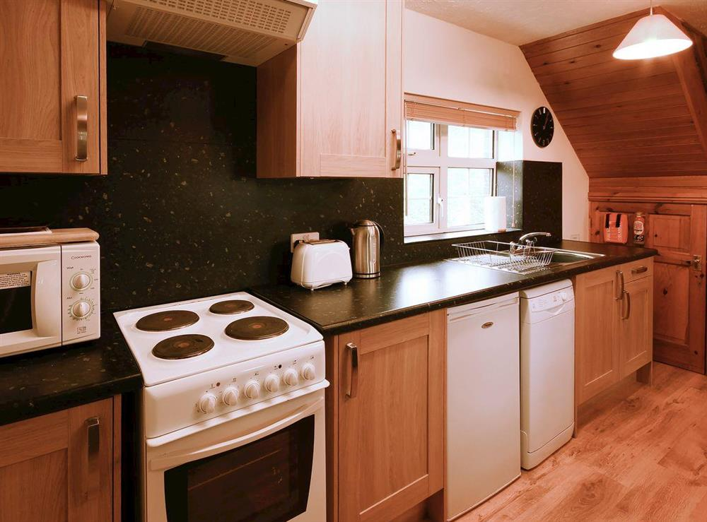 Stylish kitchen with all appliances at Yarlington Mill,