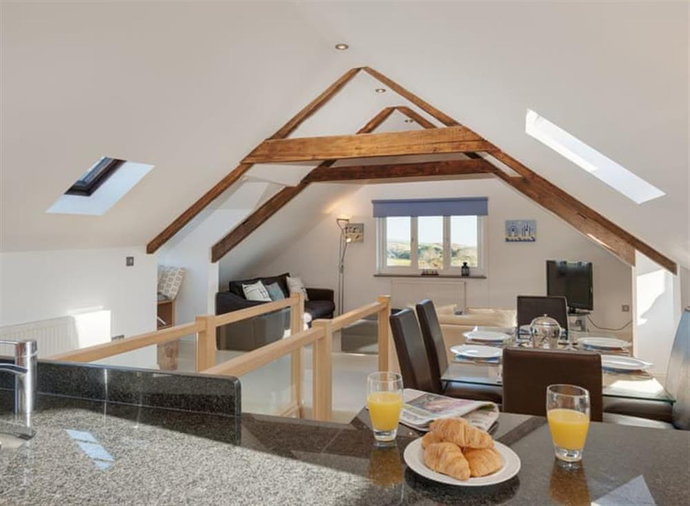 Open plan living space (photo 6) at The Penthouse in Endsleigh Court, Stoke Fleming