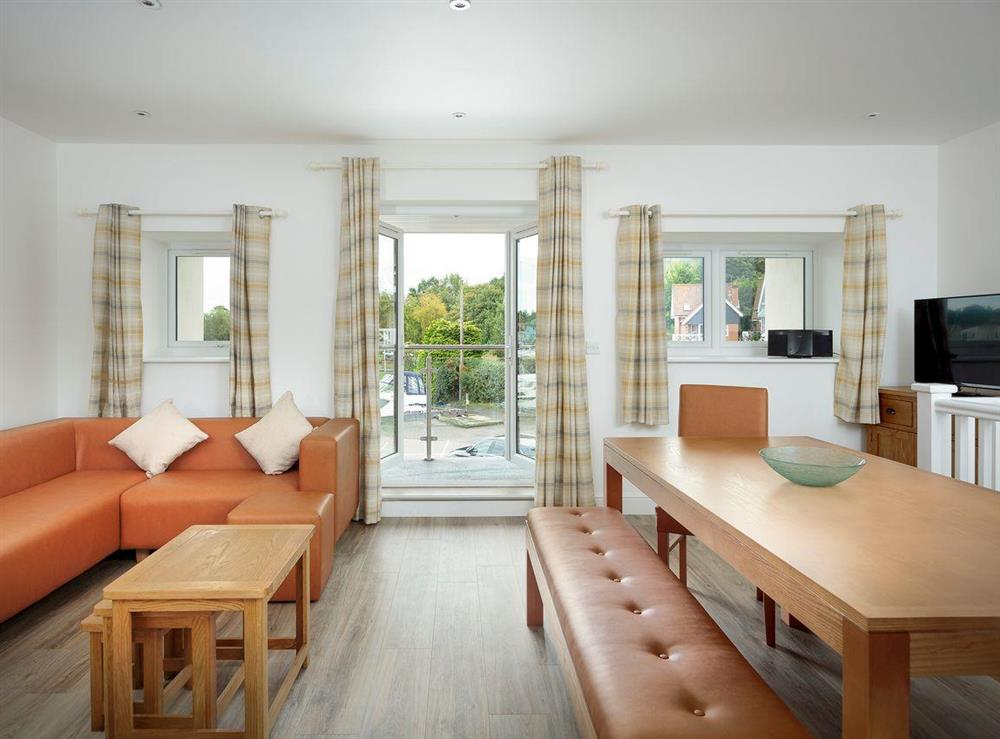 Light and airy open-plan living space at Berwick Swan,