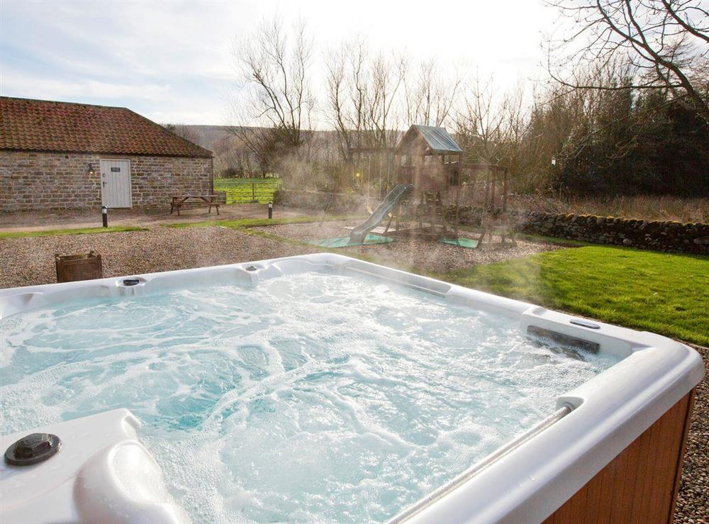 Luxurious hot tub at Sycamore Cottage,