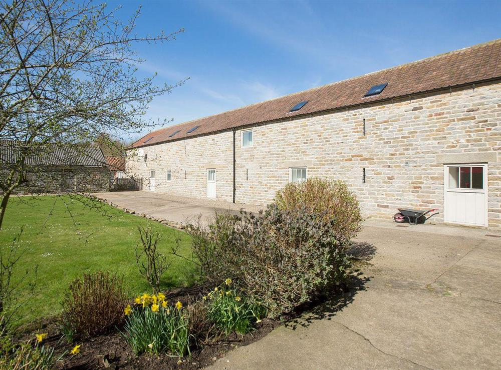 Substantial stone-built holiday home at Sycamore Cottage,