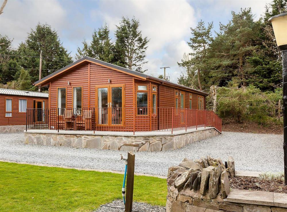 Delightful log cabin-style holiday home at Thistle Lodge in Nether Coul, near Auchterarder, Perthshire