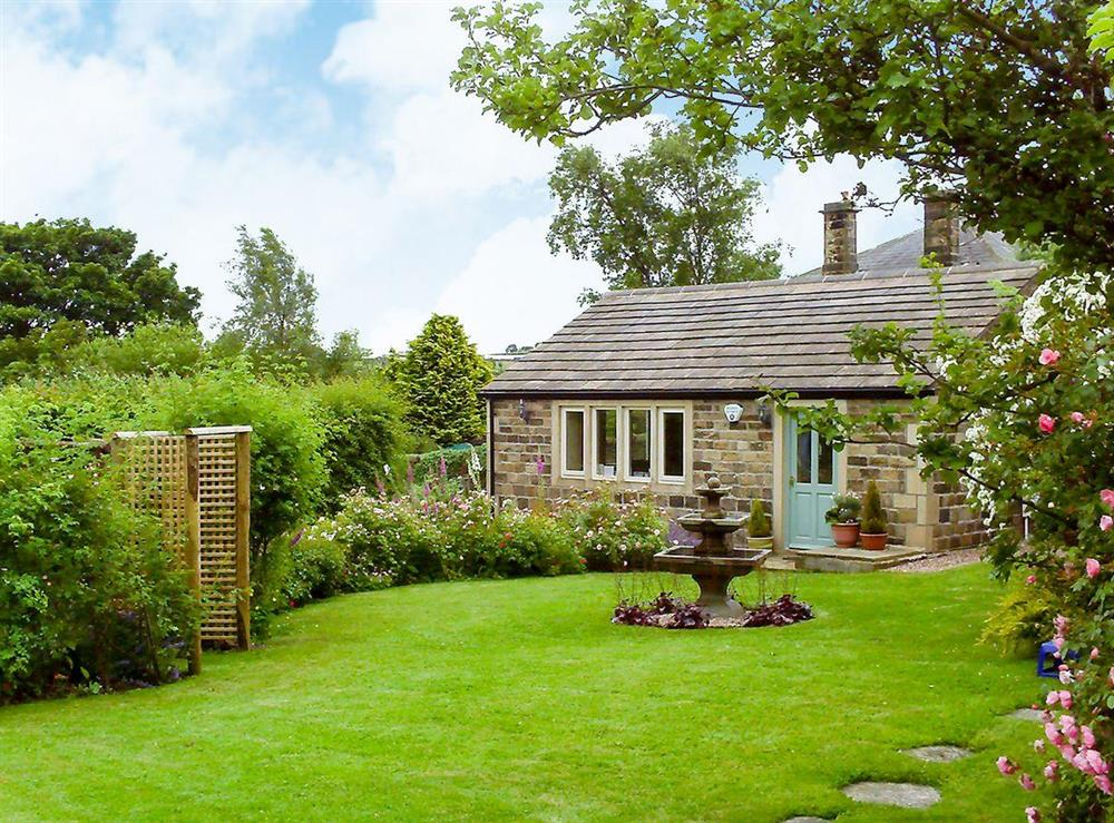 Delightful holiday home at Thurst House Farm Studio in Ripponden, near Sowerby Bridge, Yorkshire, West Yorkshire