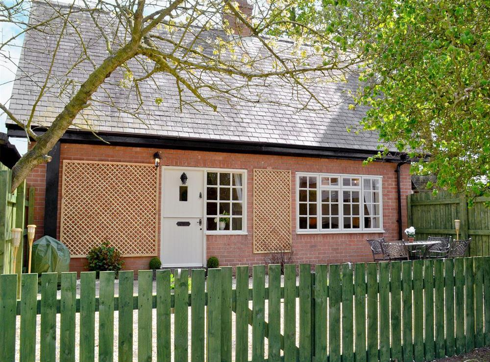 Delightful holiday home at Tickton Hall Cottage in Tickton, near Beverley, North Humberside