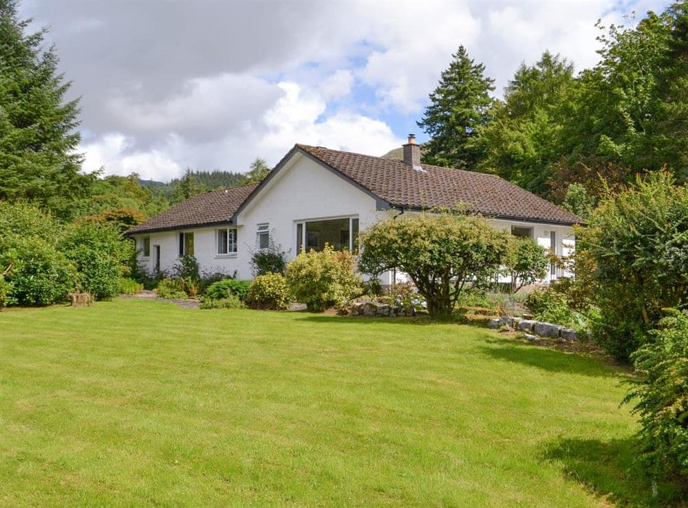 Stylish detached holiday property at Tigh Ban in Glencoe, near Fort William, Lanarkshire