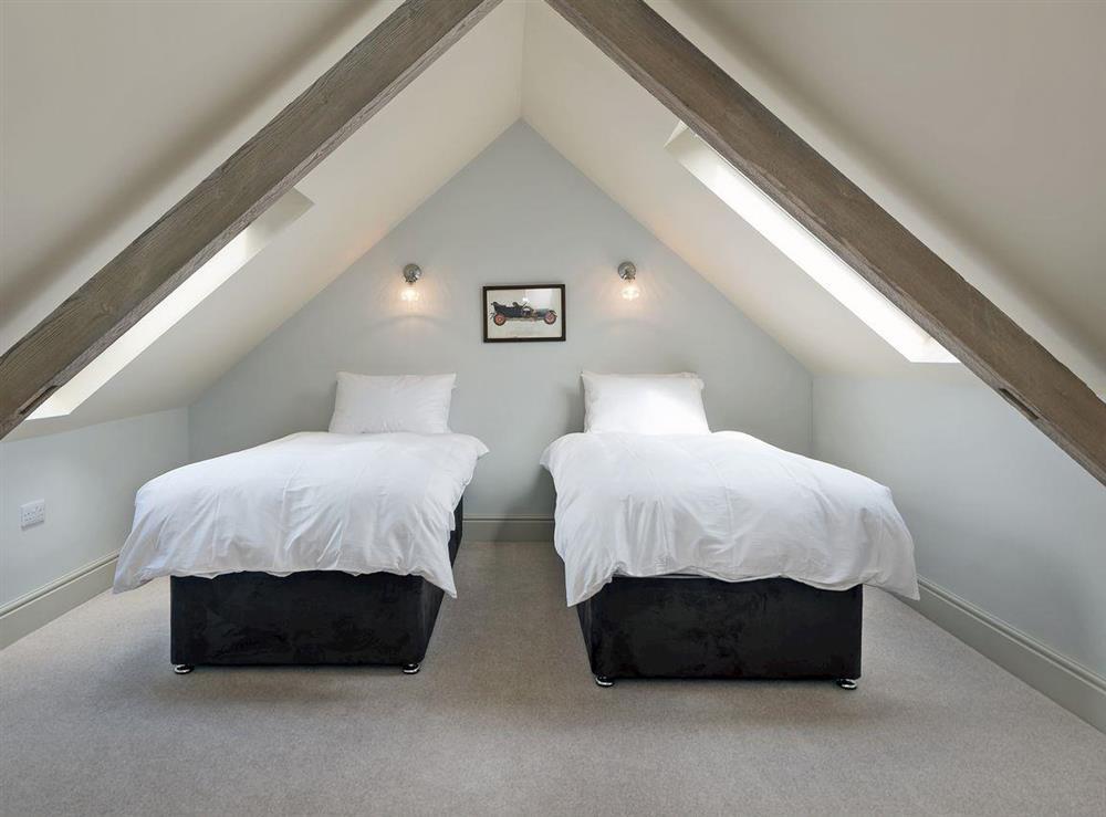 Charming twin bedroom at Peak Hall,