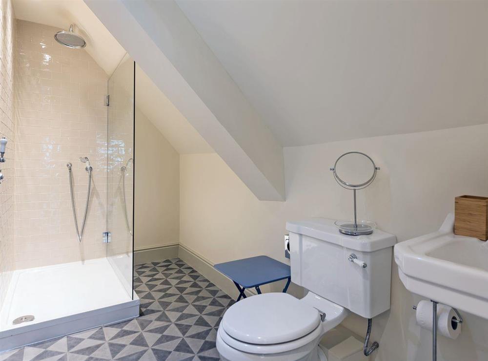 En-suite bathroom at Peak Hall,