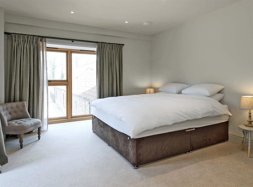 Spacious double bedroom at Peak Hall,