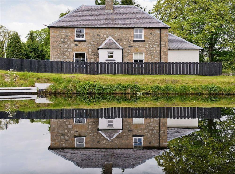 Beautiful stone built cottage at Tomnahurich Bridge House in Inverness, Inverness-Shire