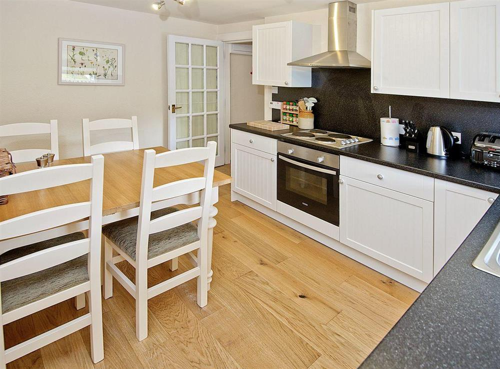 Lovely kitchen and dining room at Tomnahurich Bridge House in Inverness, Inverness-Shire