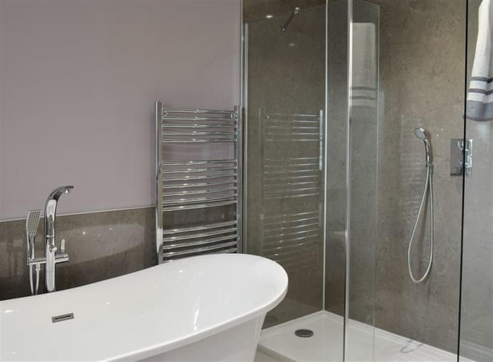 Bathroom with separate shower (photo 2) at Torcross Barn in Tarbolton, near Ayr, Ayrshire