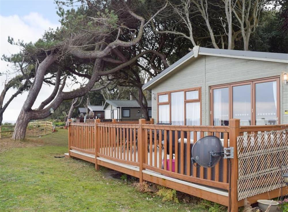 Attractive coastal holiday home at Tranquillity in Corton, near Lowestoft, Suffolk
