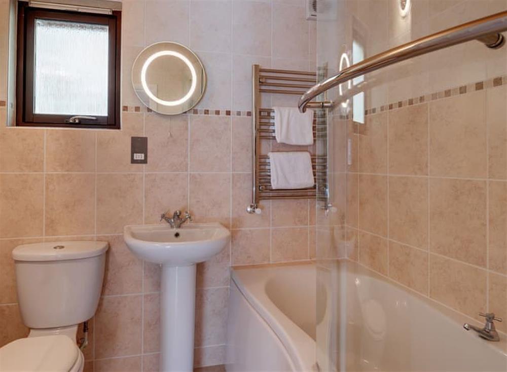 Bathroom at Treetops at Gara Mill in , Slapton