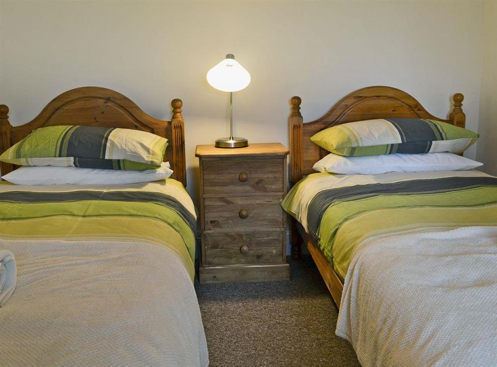 Charming twin bedroom at Ty Hen in Llangwnnadl near Pwllheli, Gwynedd
