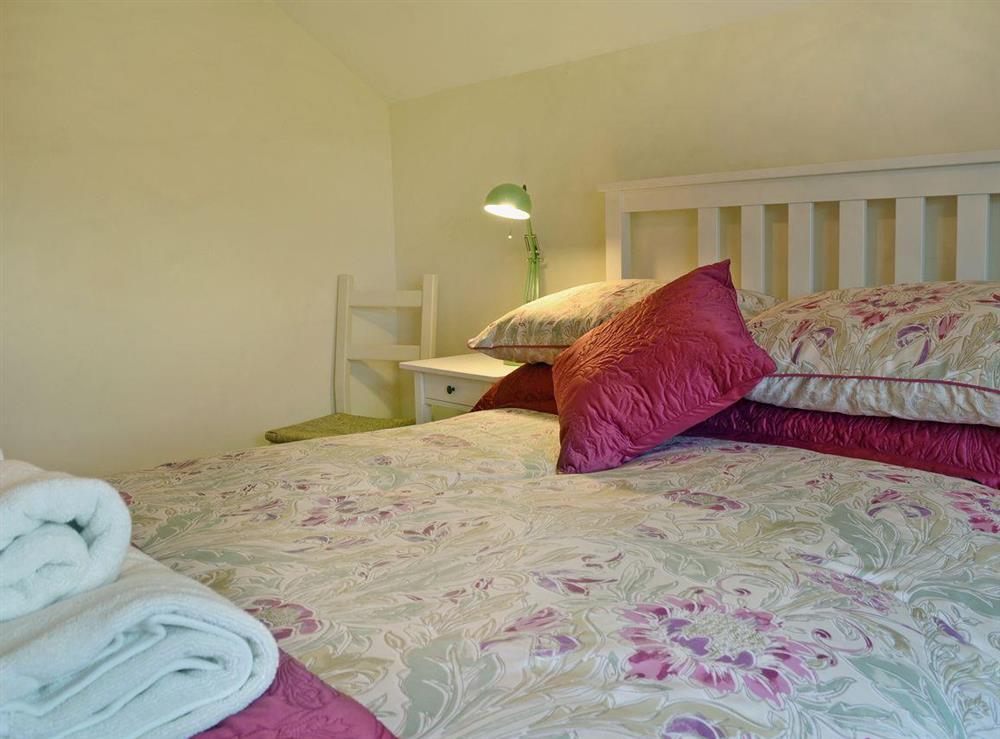 Comfortable double bedroom (photo 2) at Ty Hen in Llangwnnadl near Pwllheli, Gwynedd