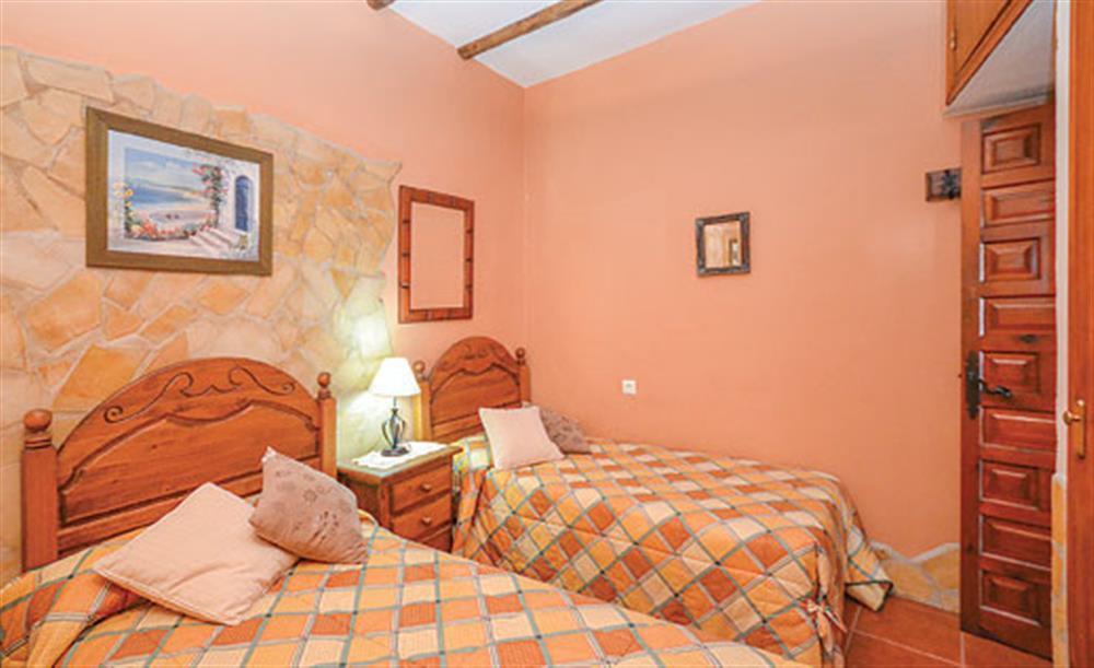 Twin bedroom at Villa Amparo, Frigiliana, Andalucia