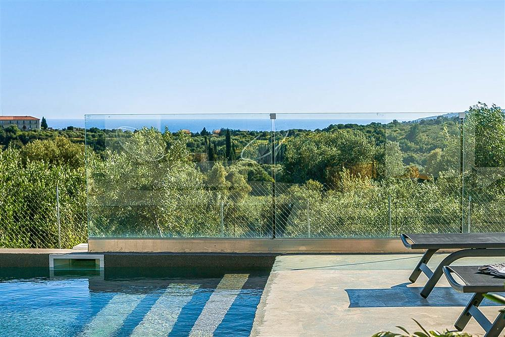 Sea view, pool